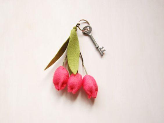 Handmade feltro tulipani rosa portachiavi colorati di PapaAngel