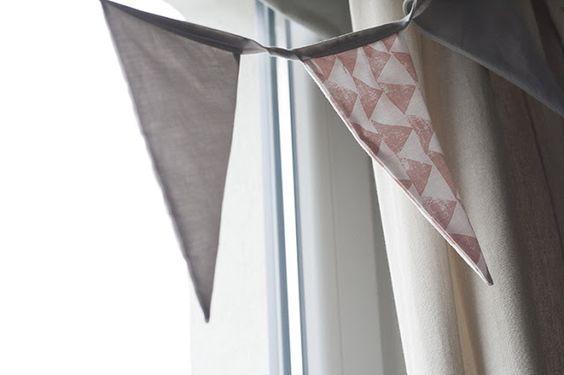 Wimpelkette fürs Babyzimmer in rosa grau by dekohochdrei.com