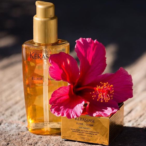 This precious oil contributes to healthy hair growth, adds shine, reduces frizz, and awakens dull hair. #ElixirUltime