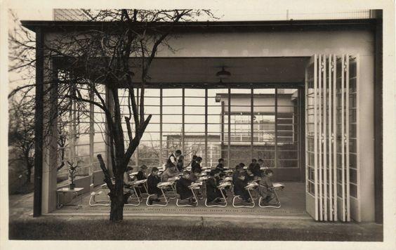 "jonasgrossmann: "" suresnes. ecole de plein air permanente. une classe ouverte, jean prouve, 1935 @ postalesinventadas """