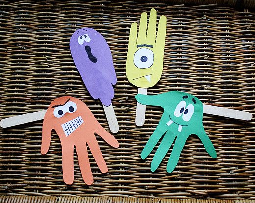 Silly Haunting Handprint Puppets are adorable Halloween crafts for kids. Kids can get creative with their hand placement to make funny ghouls!: Halloween Crafts For Kids, Easy Kids Crafts, Handprint Puppets, Puppets Allfreekidscrafts, Hand Monsters, Monster Handprint, Create Allfreekidscrafts, Handprint Monster