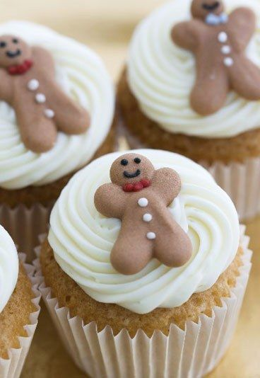 Cupcake di Natale - Come decorare i tuoi cupcake natalizi? Lasciati ispirare dai simboli tipici del Natale: stelline, alberi di Natale, pupazzi di neve, regali... basta guardarsi in giro! Quanto agli ingredienti...