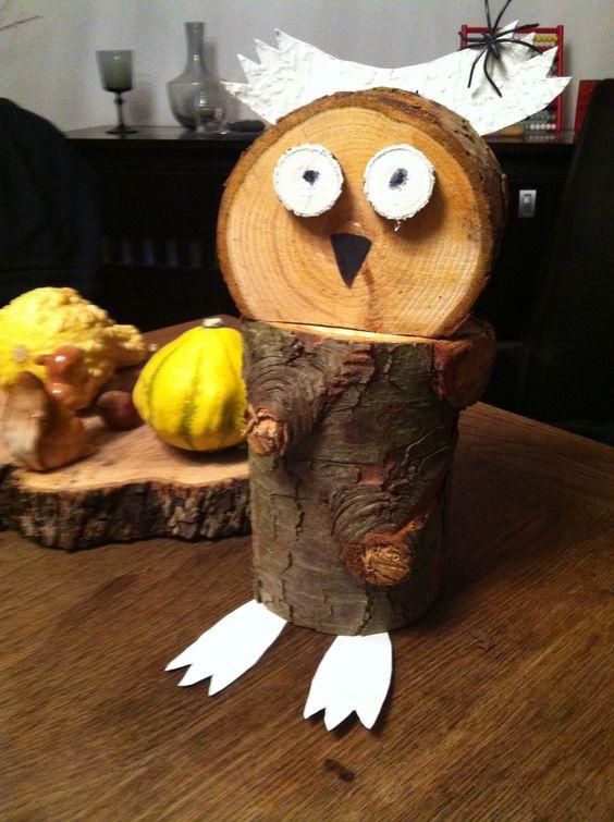 Aus Holzresten, Pappe und Spachtelmasse - mit Liebe gemacht...