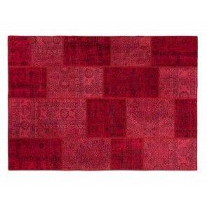 sukhi.nl #Sukhi #patchwork #vloerkleden komen rechtstreeks uit #Turkije. Dé regio voor topkwaliteit kleden. De patchwork kleden zijn #handgemaakt van allerlei verschillende stukken #vintage kleden. Ze brengen een unieke, kleurrijke sfeer in je ruimte. Vanaf €170