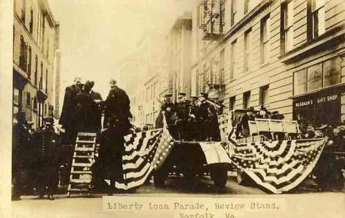 1918-NORFOLK-VA-Liberty-Loan-Parade-Review-Stand-RPPC-REAL-PHOTO-postcard