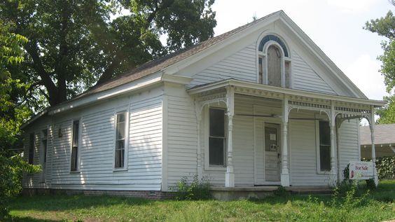 T.C. Steele 's Historic 1850 Greek Revival Boyhood Home in Waveland, Indiana - For Sale $12,500