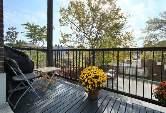 Stockyard Lofts - Unit #10 | TorontoLOFTS.ca | Stockyard Lofts: 121 Prescott Ave, Neighbourhood: Earlscourt, Loft Type: Hard, Year Built: 1996, Number of Lofts: 27, Number of Floors: 3, Building Amenities: visitor parking | See more here: http://torontolofts.ca/LoftBuildings/Stockyard-LOFTS-121-Prescott-Ave-Toronto