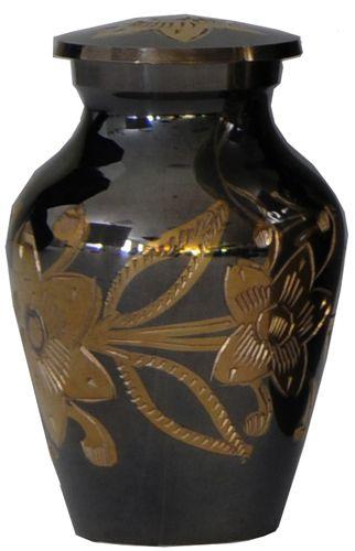 Kayla's urn