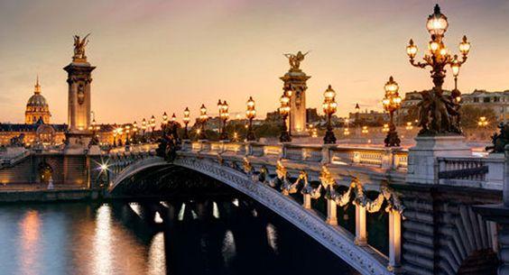 Paris Night Bike Tour | Blue Bike Tours | Blue Fox Travel