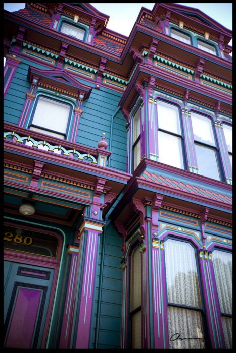 facade, color scheme....this is my dream house!