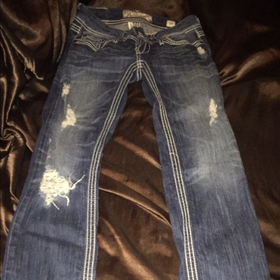 BKE straight leg jeans Distressed denim. Used once. Other then that they're like brand new. BKE Jeans Straight Leg