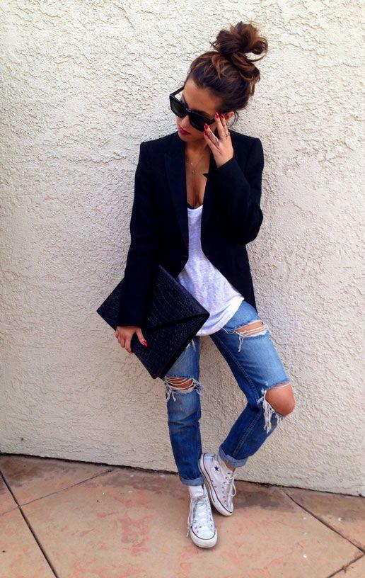 Nice outfit : Jean déchiré + Converses et Blazer noir #Basic #Sochic