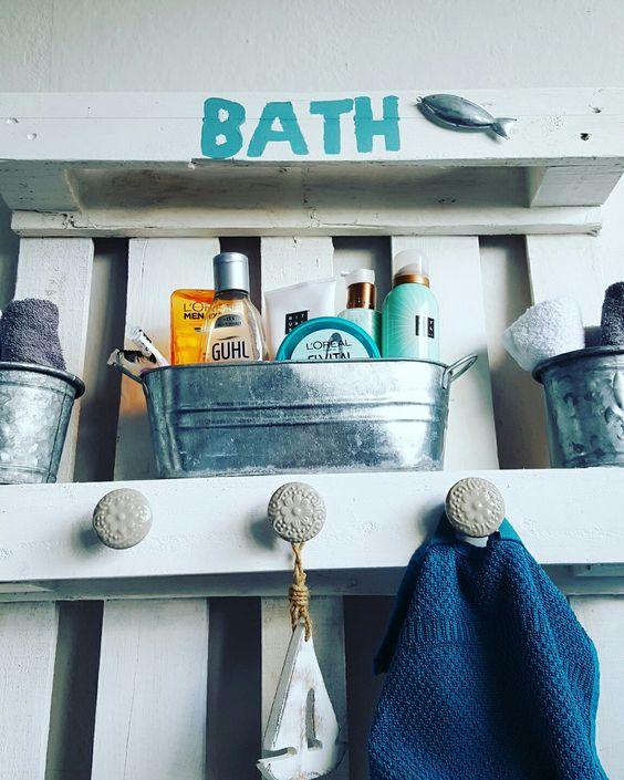 Badezimmer Regal