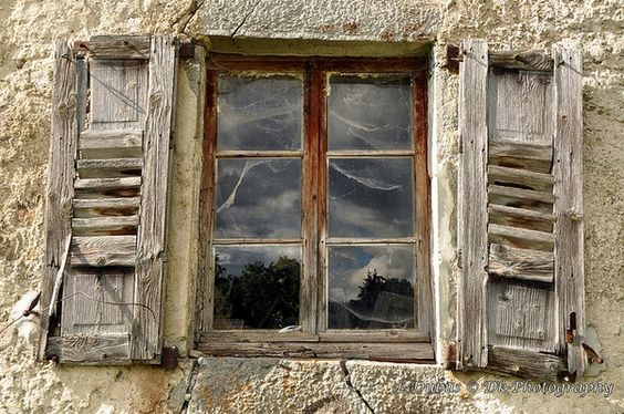 A janela das aranhas...