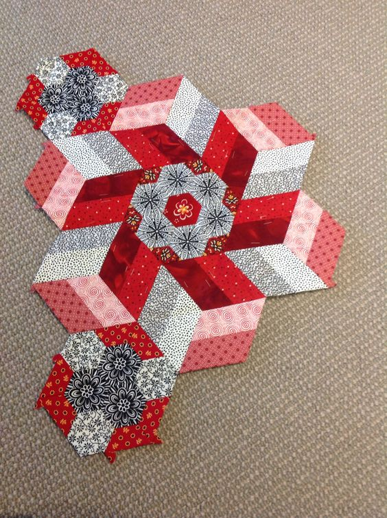 Finished Rosette 9 of The New Hexagon Millefiore Quilt along.
