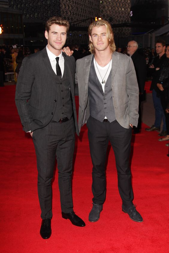 """Chris Hemsworth came out to support his little brother's hot new movie at last night's UK Premiere of """"The Hunger Games"""". #ETCanada Photo: Getty http://www.globaltv.com/etcanada/photos/index.html?a=6442455874"""