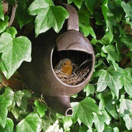 Another neat repurposing idea for the wildlife of the garden. I'm a real tea addict so this is a great way or representing that. #loveyourplot