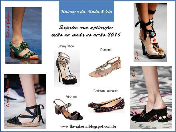 Sapatos com aplicações estão na moda! Confira algumas propostas das passarelas e alguns modelos estilosos para se inspirar, no blog Universo da Moda & Cia.