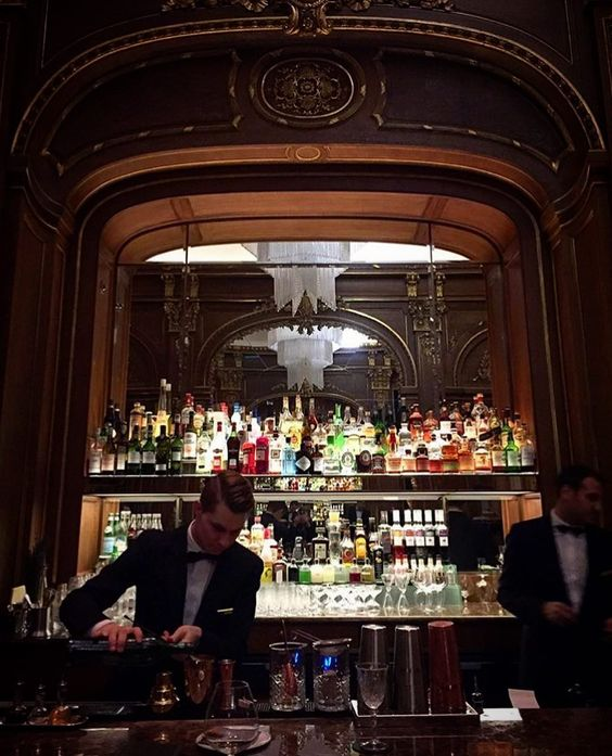 www.littlerugshop.com When a #TravelerInParis and it happens to be a Saturday night does it get much better than a drink @thepeninsulaparis?  We think not.  @yolandaedwards #BarKleber by cntraveler