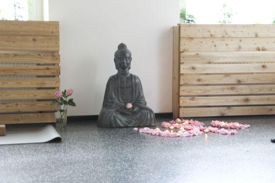 NEW OPENING: Studio Besuch in Berlin-Friedrichshain: Yogibar * Studio visit in Berlin-Friedrichshain: Yogibar*