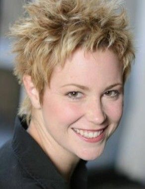 Magnificent For Women Women Shorts And Hairstyles On Pinterest Short Hairstyles Gunalazisus