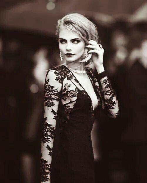 Imagen de model, cara delevingne, and black and white