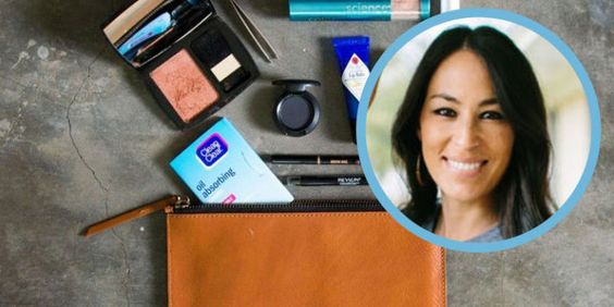 "It Turns Out Joanna Gaines Does Her Own Makeup on ""Fixer Upper"""