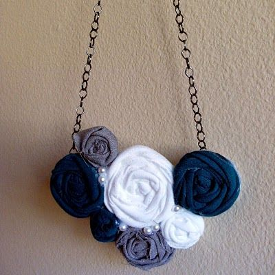 Rollup roses necklace: