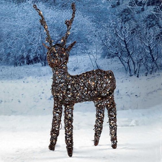 Perfect 21 Remarkable Outdoor Lighted Reindeer Foto Design