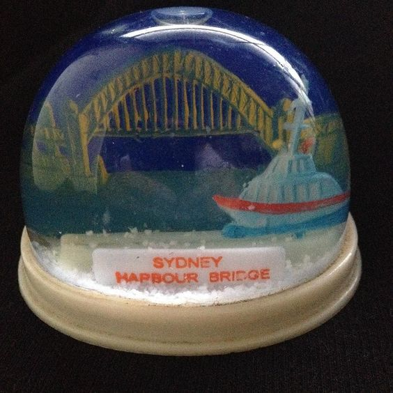 #snowdomes #snowglobes #snowdomecollection #snowdomesouvenirs #sydneyharbourbridge by snowdomed http://ift.tt/1NRMbNv