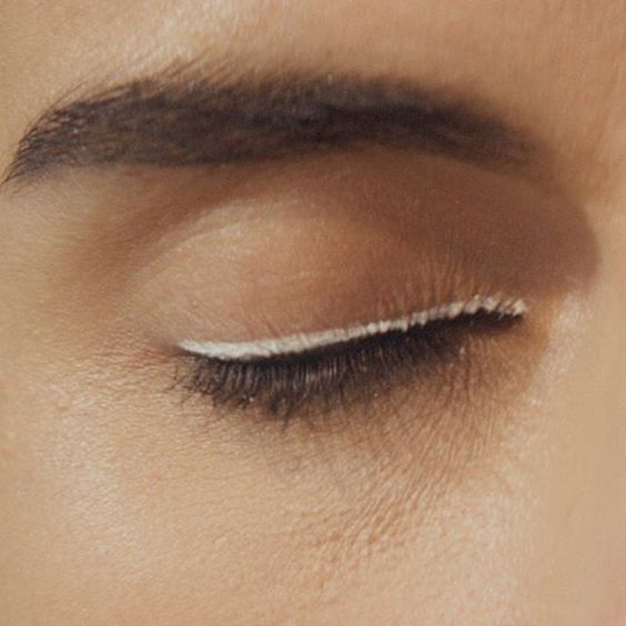 BRIDAL BEAUTY: a swipe of white liner is a modern  bridal take on the cat eye  #solsticebride