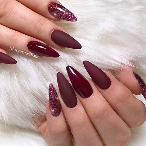 Maroon Matte Almond Nails Glitter Ombre Nail Design Margaritasnailz Instagram Photos And Videos Burgunder Nagel Nagel Farben Mandelnagel