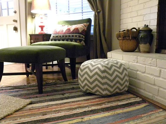chevron pouf. love this rug chair combo