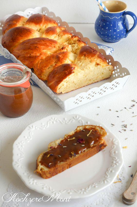 Vanille Hefezopf mit Confiture de lait - Vanilla yeast bread with milk jam