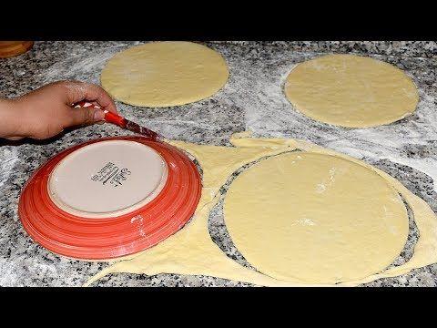 بيتزا باللبن لي عاملة ضجة على الفايسبوك جد جد هشة ولا أروع أفضل من العادية جربوها Youtube Dessert Recipes Food Pizza