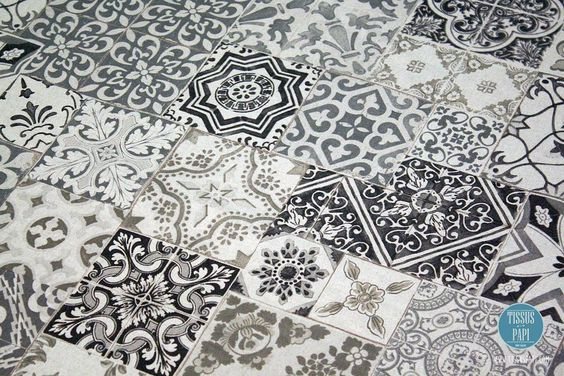 Encore un nouveau tissu aux motifs Azulejos & carreaux de ciment disponible en ligne  #tissus #tissuspapi #tissu #diy #azulejos #ameublement #lin #coton #carreauxdeciment #carreaux by tissuspapi