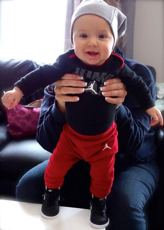 Trajes de bebé varón , Jordan! babyfashion babyboy nike jordan babygap baby boy