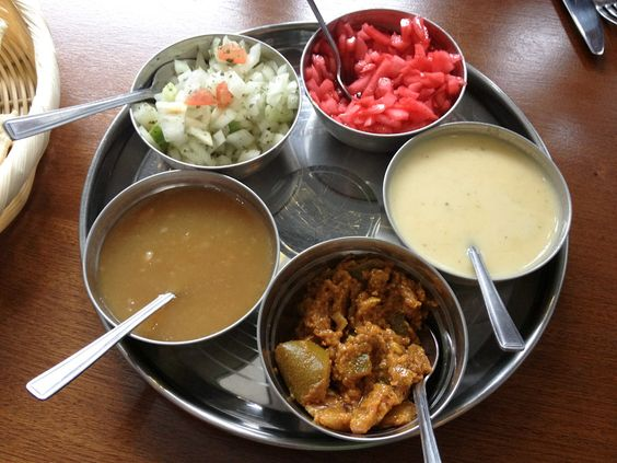 Shah's Balti House Indian Food #Curry #LarkLane