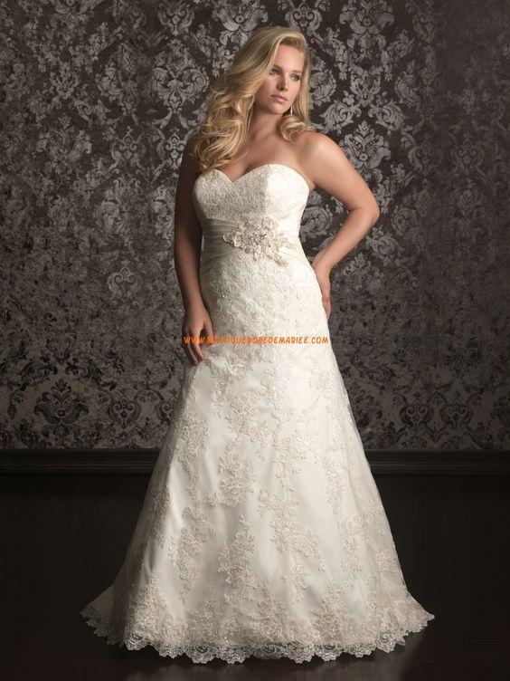 Robe de mariée dentelle évasée col coeur perles