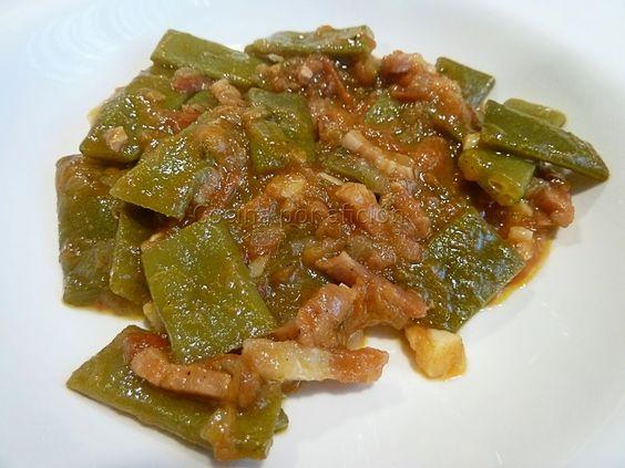 Judías verdes con tomate y bacón | Cocina por afición