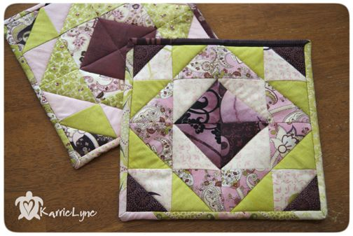 HST from Jelly Rolls with regular ruler. Potholder Swap #3 by KarrieLyne, via Flickr: Applied Quilts, Quilting Tutorials, Diy Crafts, Placemats Potholders, Quilting Ambition, Crafts Diy, Quilted Potholders, Potholders Towel