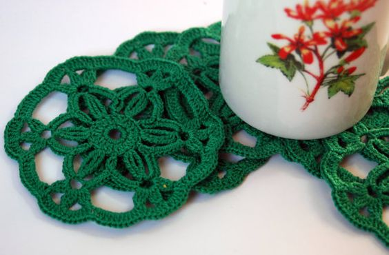 SALE 50% off Crochet coaster set of 6. Green. by lindapaula