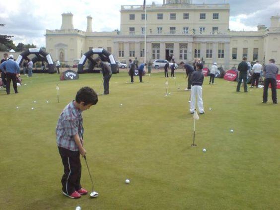 Golf Live 2010: @AmateurGolfer's son enjoyed putting @StokePark