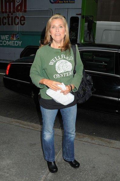 Happy 59th birthday Meredith Vieira !!!!! 12/30: Zyla Dusky Summer, Happy 59Th, Birthday Meredith, Today S Birthdays, 59Th Birthday, Zyla S Dusky, Meredith Vieira