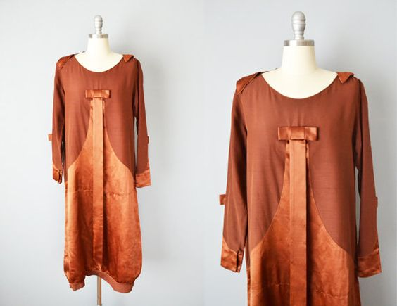 Hey, I found this really awesome Etsy listing at https://www.etsy.com/au/listing/242749654/20s-dress-1920s-copper-silk-long-sleeve