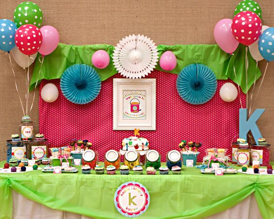 Dessert table decor, love the giant initial!