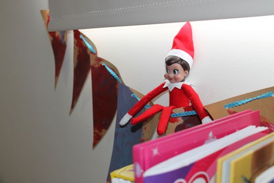 Elf on the bunting