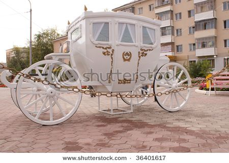 cinderella carriage: White Carriage, Royal Families, Moments Royalty, Carriage Royal, Royal Family, Cinderella Carriage, Cinderella Dreams, Dream Wedding, Horse Drawn Carriage