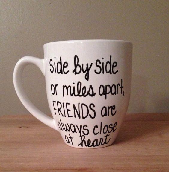 Long Distance-Freunde, Becher für Freunde, Krug für Ferngespräche Freunde, Long Distance Schwester. by simplymadegreetings on Etsy