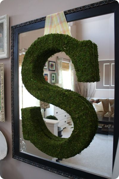 Love this DIY mossy letter